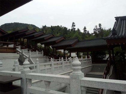 芝麻白寺庙栏杆