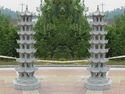 精美寺庙石塔