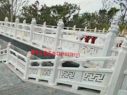 寺院雕刻石栏杆