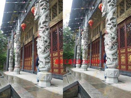 寺院雕刻石龙柱