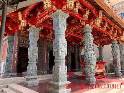 花岗岩寺庙龙柱